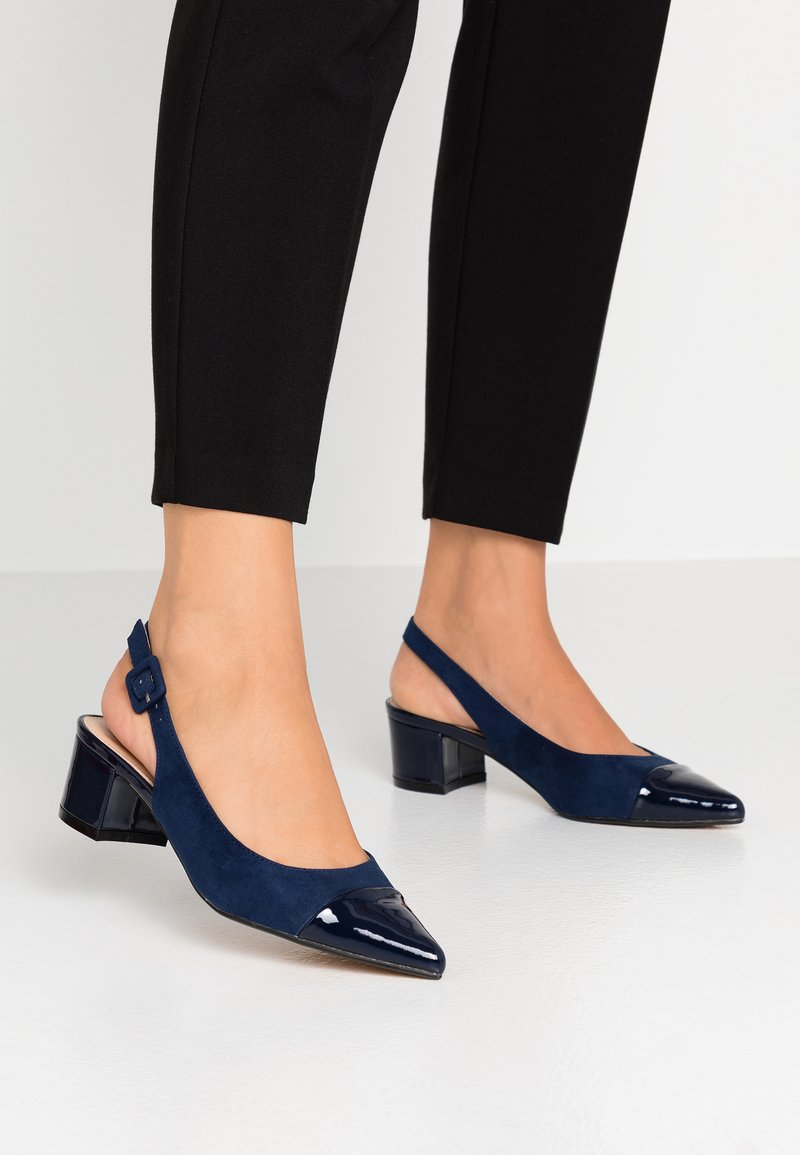 Dorothy Perkins - DARLING SLING BACK BLOCK HEEL COURT - Escarpins - navy