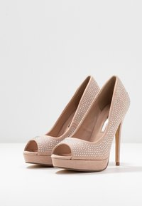 Dorothy Perkins - GIFTIE ALL OVER COURT SHOE - Peeptoe heels - blush - 4
