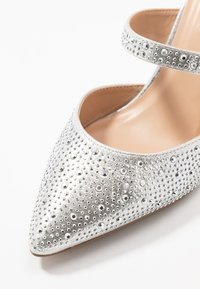 Dorothy Perkins - GINGERA ALL OVER TRIM COURT SHOE - High heels - silver - 2