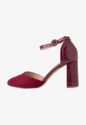 DEENA - Klassiska pumps - burgundy