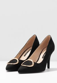 Dorothy Perkins - EMMY RING STILETTO COURT - High heels - black - 4
