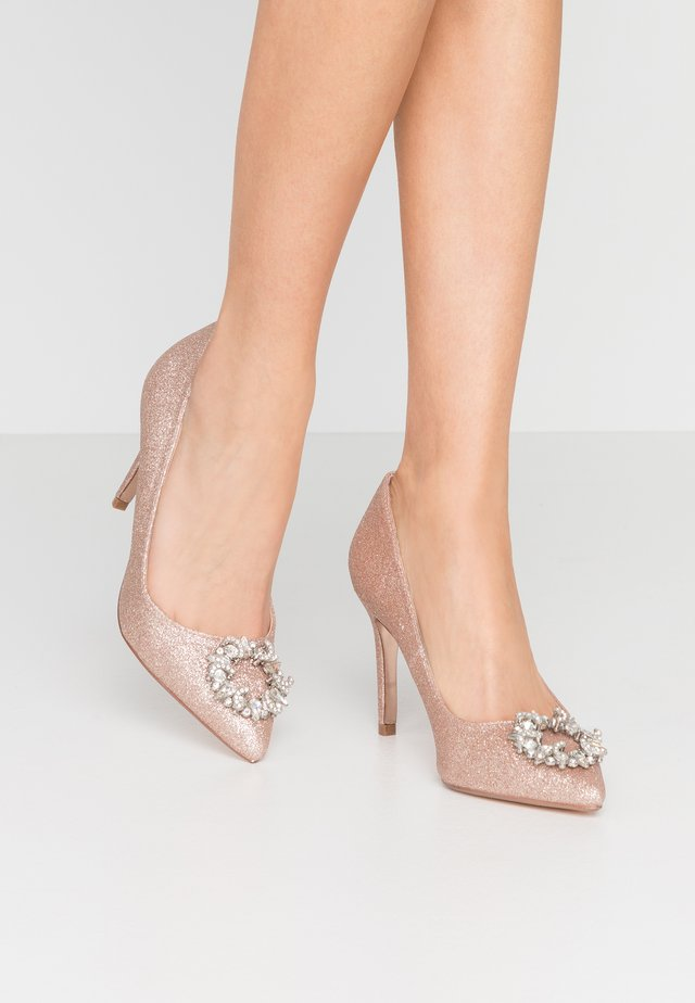 GLADLY POINTED TRIM COURT - High heels - pink