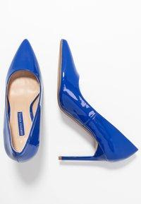 Dorothy Perkins - DESIREE SET BACK COURT - High heels - cobalt - 3