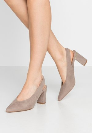 EMILY BLOCK HEEL SLINGBACK COURT - Escarpins - taupe