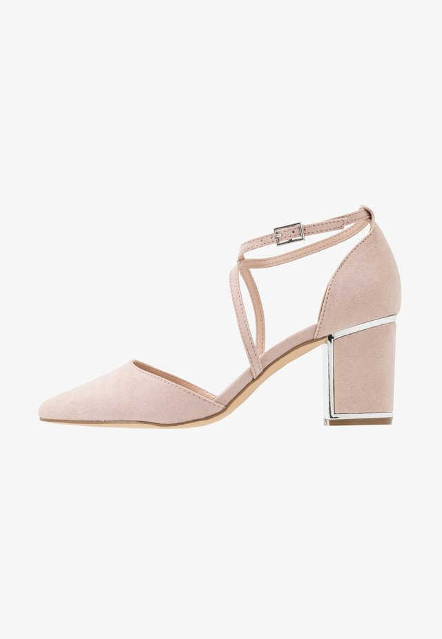 EGO METAL POINT X-STRAP - Classic heels - nude