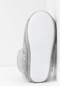 Dorothy Perkins - FLECK BOOTIE - Slippers - light grey - 6