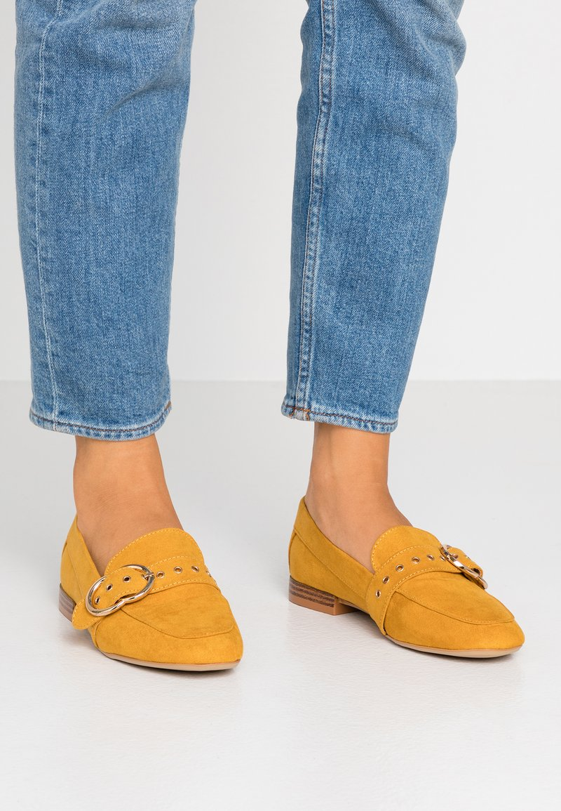 Dorothy Perkins - LOLA BUCKLE LOAFER - Slipper - ochre