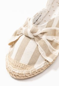 Dorothy Perkins - CAROLINA BOW TACKED - Espadrilles - natural - 2