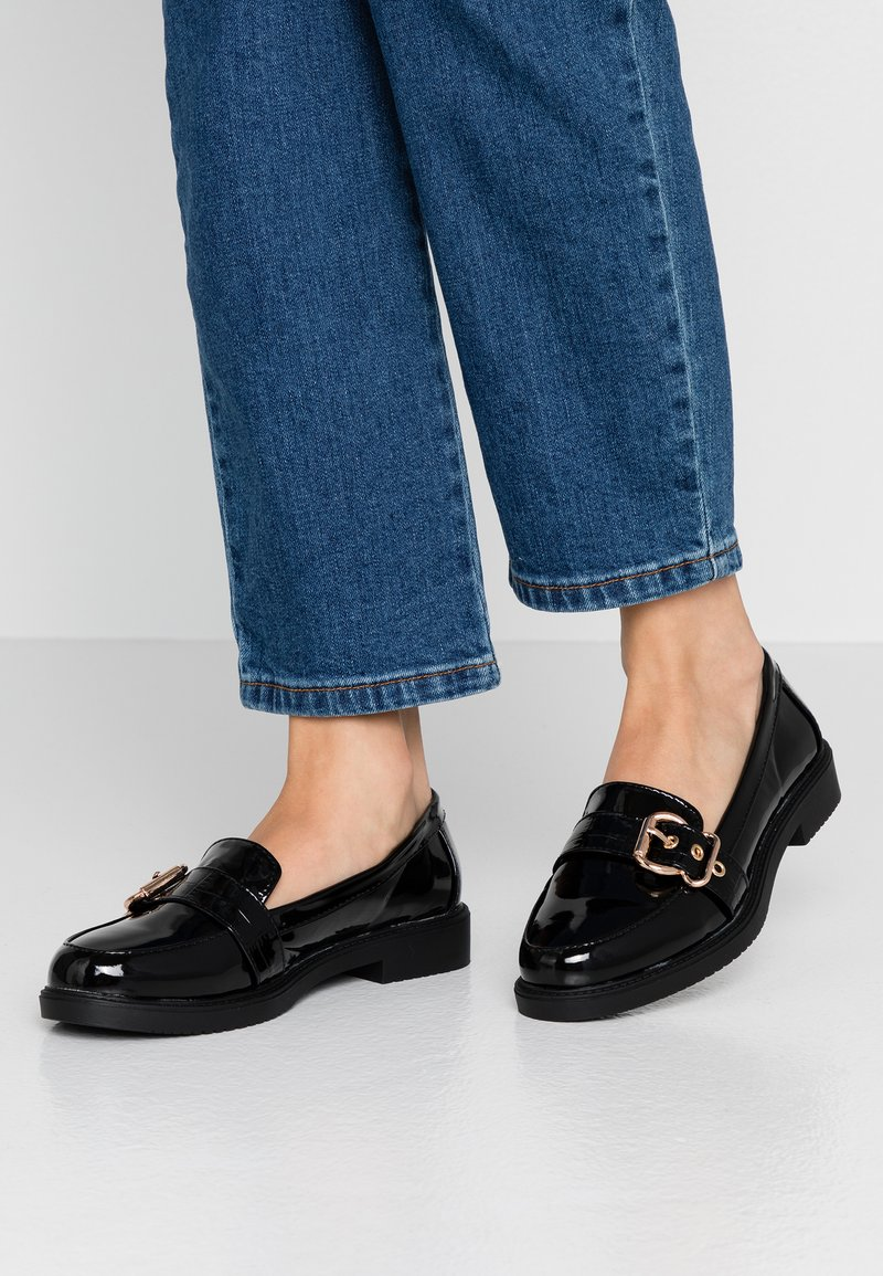 Dorothy Perkins - DOUBLE BUCKLE TRIM LOAFER - Instappers - black