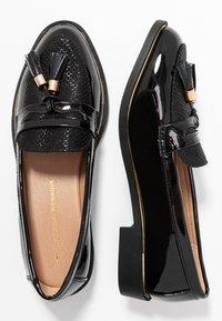 Dorothy Perkins - LANDMARK LOAFER - Loafers - black - 3