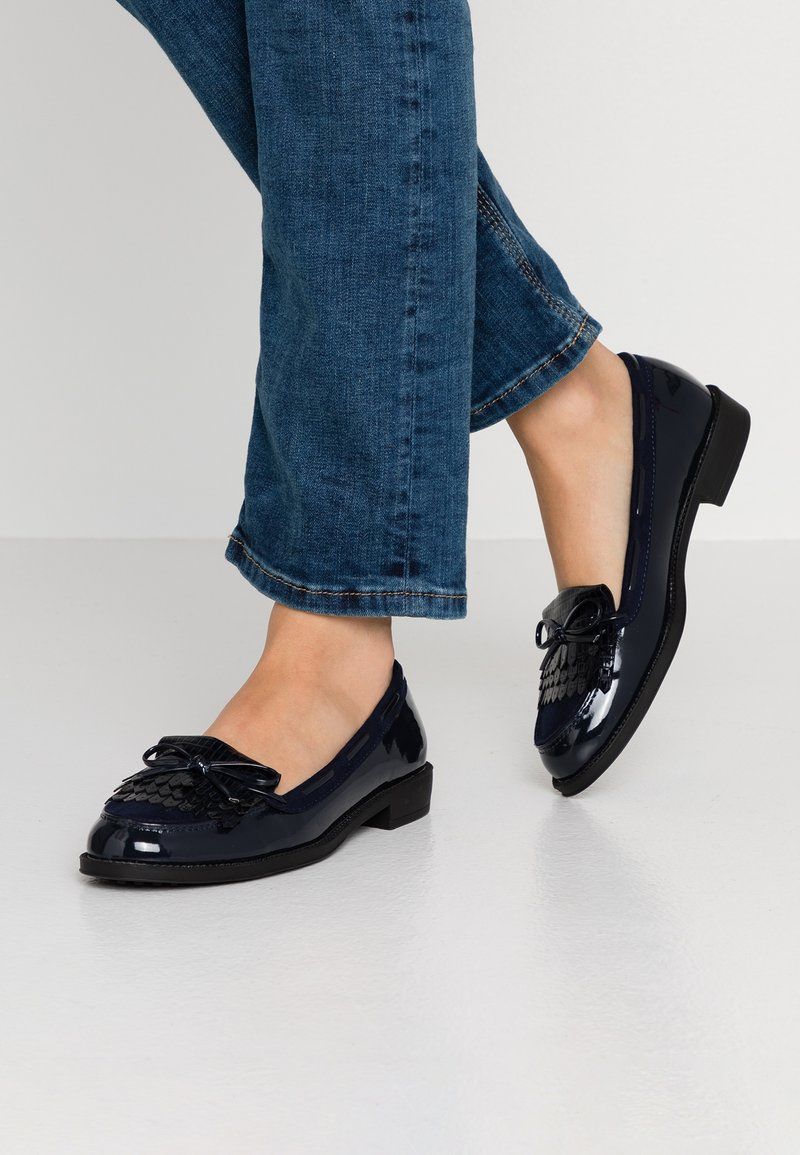 Dorothy Perkins - LETTY FRINGE LOAFER - Slippers - navy