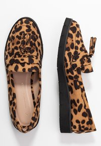 Dorothy Perkins - LORENZA LOAFER - Mokkasiinit - brown - 3