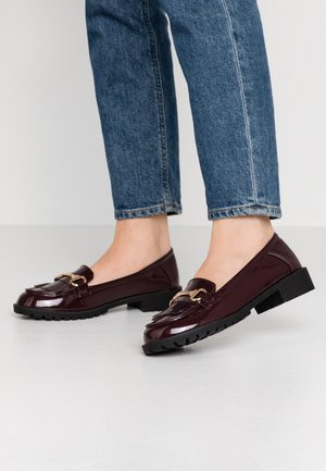 LEWIS CLEATTASSEL LOAFER - Mocasines - burgundy