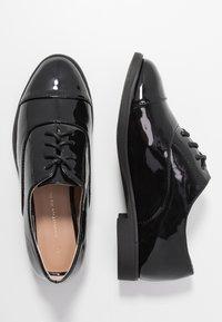 Dorothy Perkins - LAGUNA - Lace-ups - black - 3