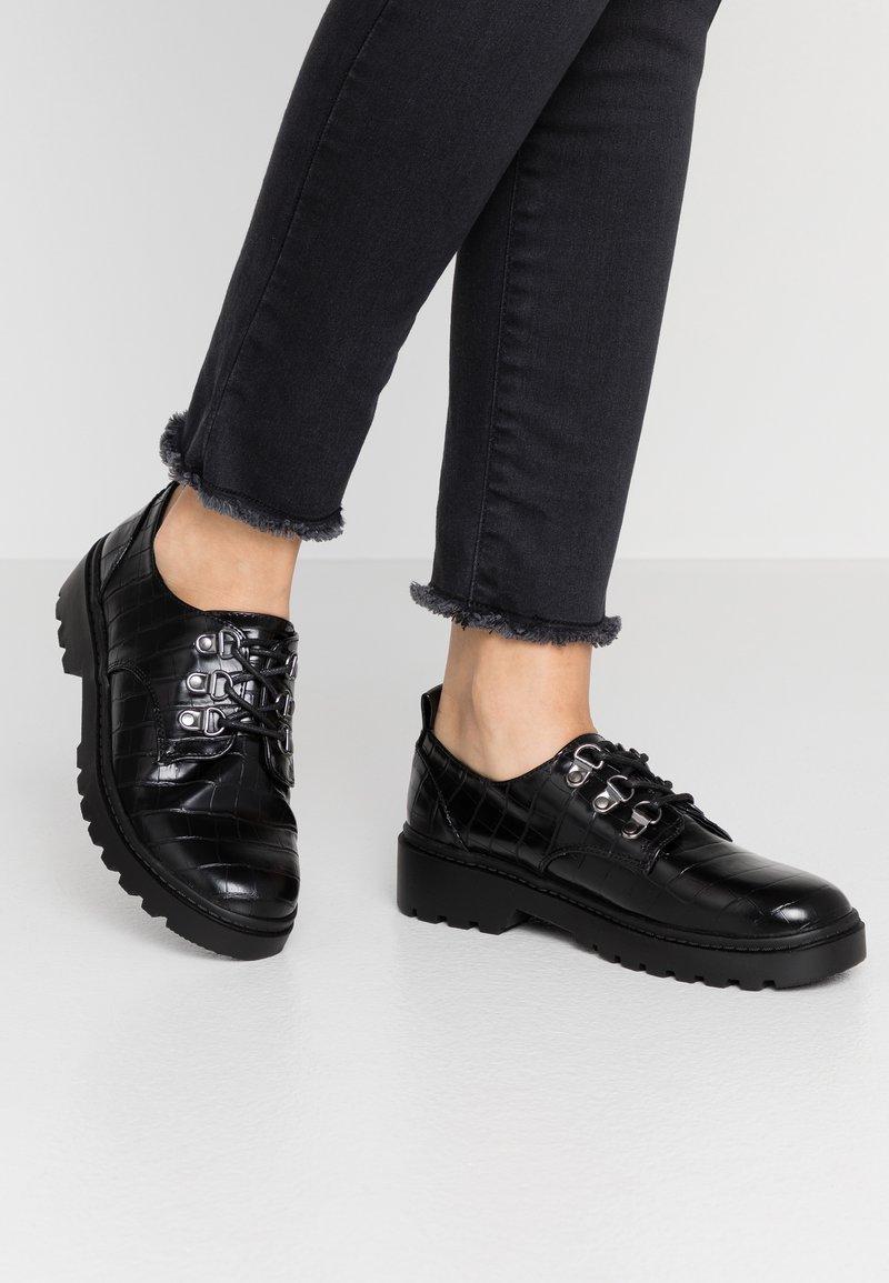 Dorothy Perkins - LUCK LOAFER - Šněrovací boty - black