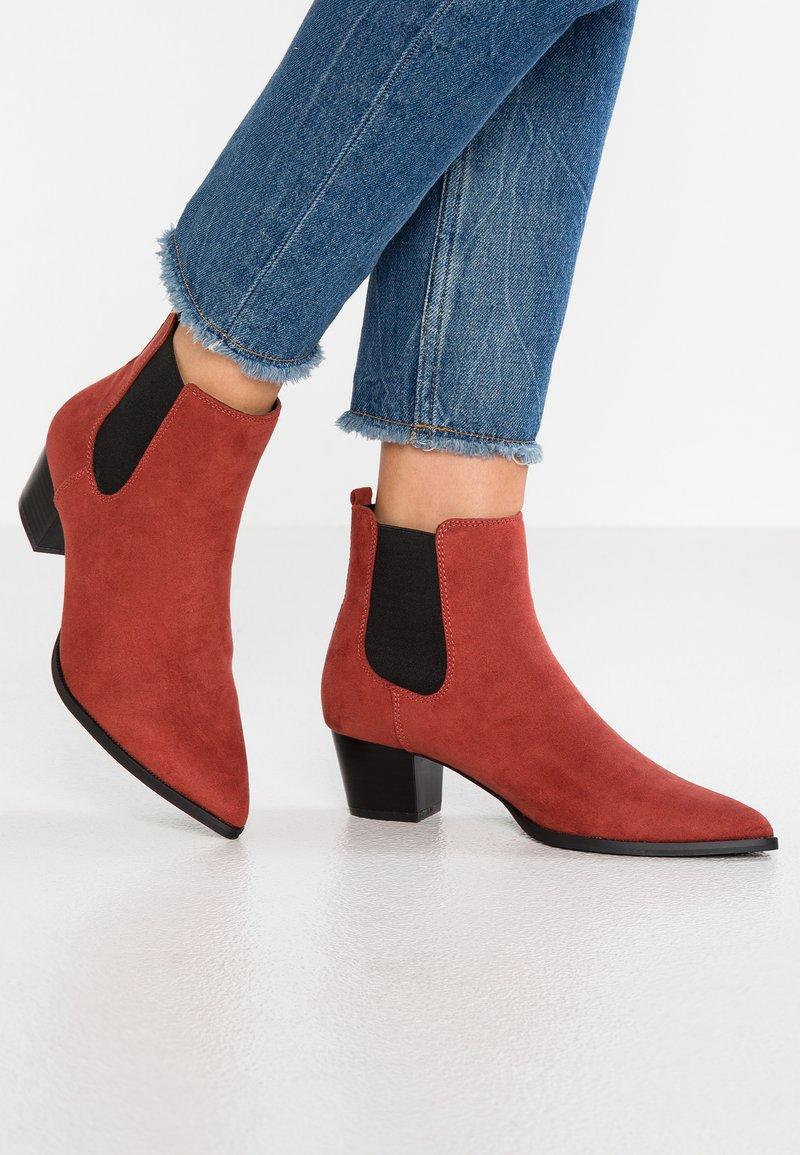 Dorothy Perkins - MAYFAIR - Kotníková obuv - rust