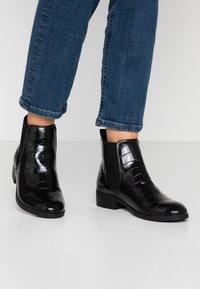 Dorothy Perkins - MORGAN CHELSEA  - Boots à talons - black - 0