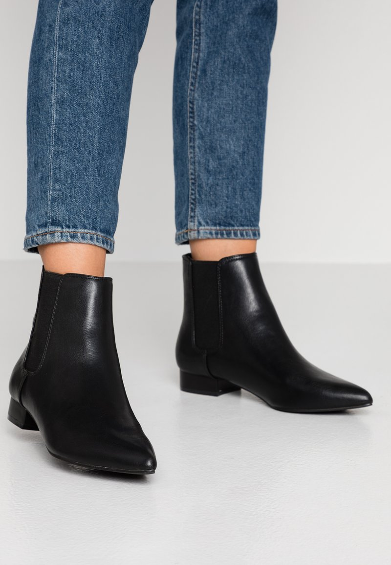 Dorothy Perkins - MAISIE PIXIE FLAT BOOT - Classic ankle boots - black