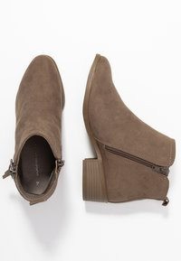 Dorothy Perkins - MYNOR SIDE ZIP RING PULL - Ankelboots - taupe - 3