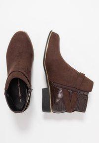 Dorothy Perkins - MINA TIPPED JODPHUR - Boots à talons - choc - 3