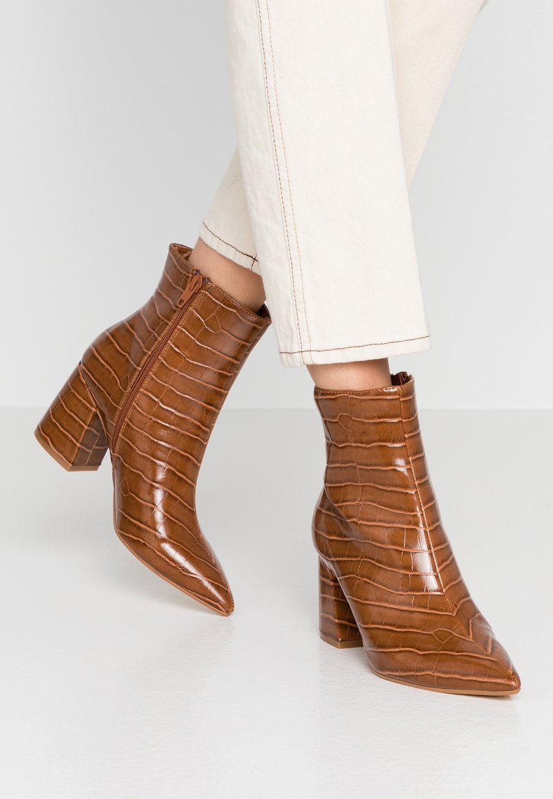 Dorothy Perkins - ANICA CROC POINTED BLOCK - Classic ankle boots - tan