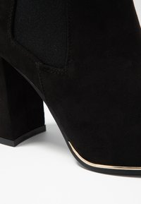 Dorothy Perkins - AMERIE PARTY BOOT - Kotníková obuv na vysokém podpatku - black - 2