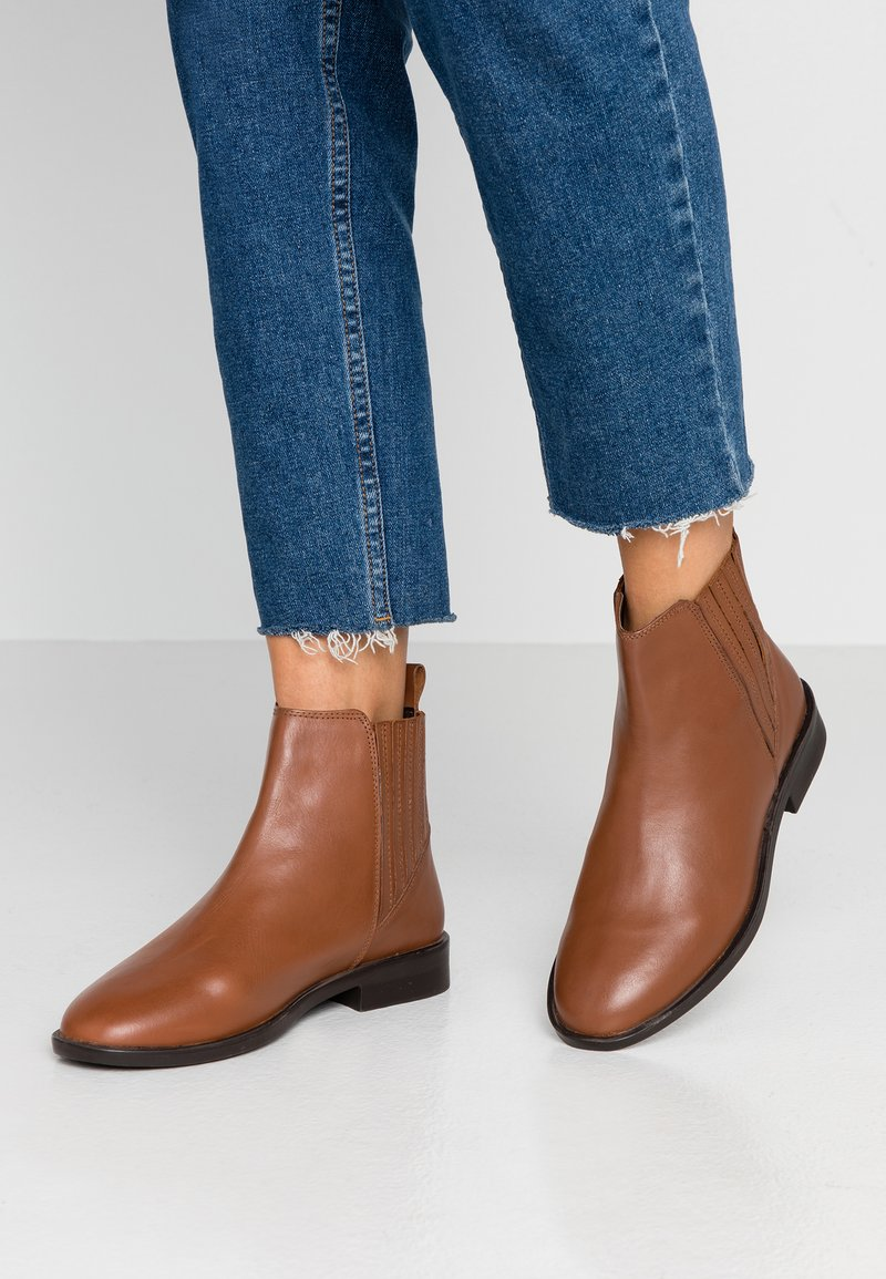 Dorothy Perkins - OSLO CHELSEA BOOT - Boots à talons - tan