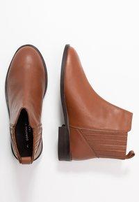 Dorothy Perkins - OSLO CHELSEA BOOT - Kotníková obuv - tan - 3