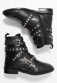 Dorothy Perkins - OPAL STRAP - Stivaletti texani / biker - black - 3