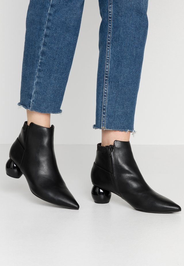 ALDOUS DOME HEEL - Ankle boot - black