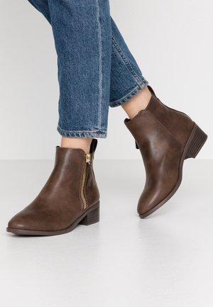 MAREN JODPHUR  - Boots à talons - tan