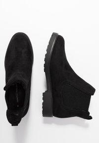 Dorothy Perkins - MOUNTY CHUNKY CHELSEA CLEATED SOLE - Kotníková obuv - black - 3