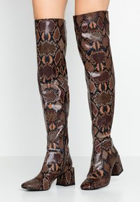 Dorothy Perkins - LOLA SKYE LAELA HIGH SHAFT BOOT - Over-the-knee boots - brown - 0