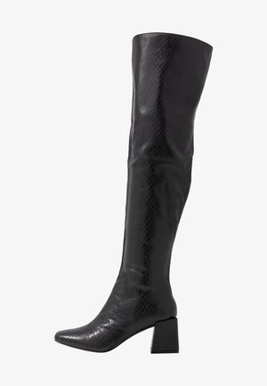 LOLA SKYE LAELA HIGH SHAFT BOOT - Kozačky nad kolena - black