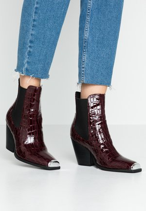 LOLA SKYE LUCA SQUARE TOE WESTERN - High heeled ankle boots - burgundy