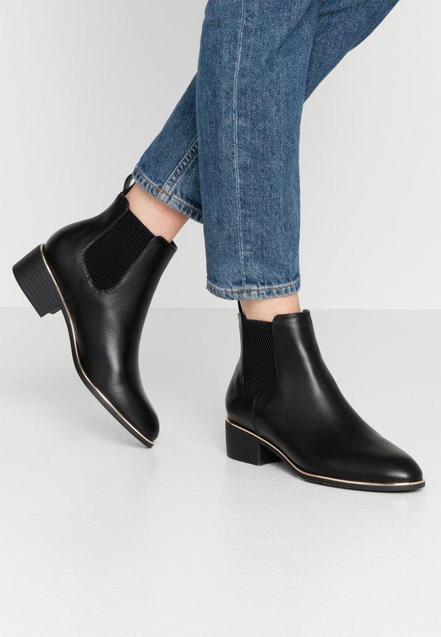 MONDRIAN GOLD TIPPED  - Kotníková obuv - black