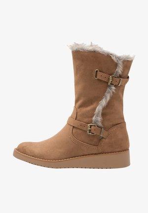 TAME - Platform boots - tan