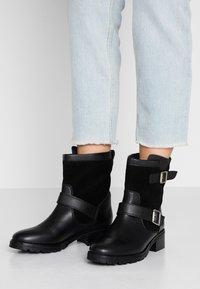 Dorothy Perkins - ORCA  - Winter boots - black - 0