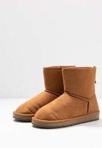 Dorothy Perkins - MINTY BOOT - Classic ankle boots - tan - 4