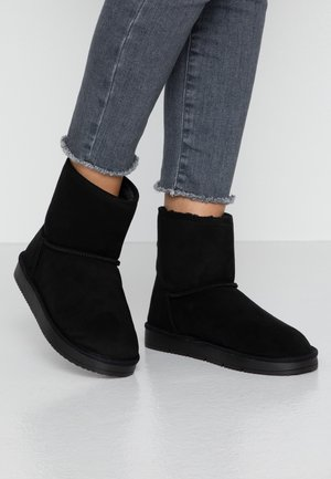 MINTY BOOT - Bottines - black