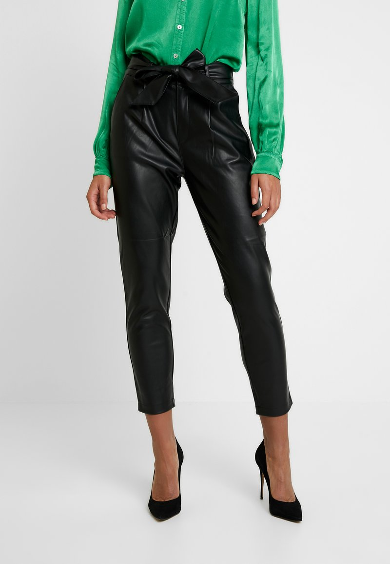 Dorothy Perkins - COATED BELTED TROUSER - Trousers - black