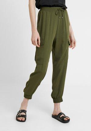JOGGER - Cargo trousers - khaki