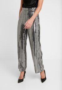 Dorothy Perkins - SEQUIN STRIPE PALAZZO - Tygbyxor - silver - 0