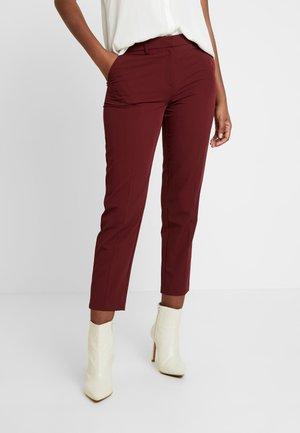 DAMSON GRAZER - Pantalon classique - dark red