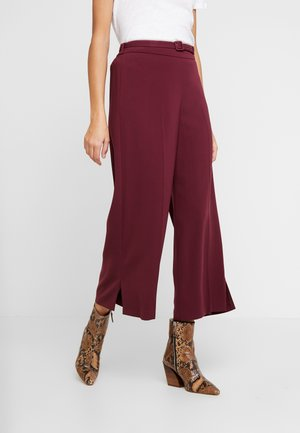 BELT WIDE LEG TROUSER DAMSON - Trousers - purple