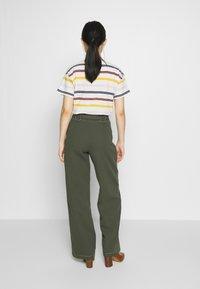 Dorothy Perkins - TROUSER - Pantalones - dark green - 2