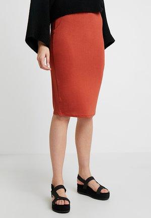 PENCIL SKIRT - Blyantnederdel / pencil skirts - rust