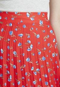 Dorothy Perkins - PLEATED SKIRT - A-line skirt - red - 4