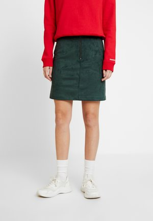 PATCH POCKET SKIRT - Mini skirt - green