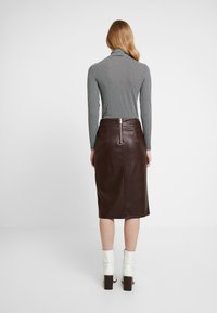 Dorothy Perkins - SPLIT FRONT MIDI SKIRT - Kokerrok - brown - 2